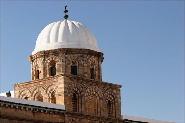 Tunesien-Impression: Kuppel der Ez-Zitouna-Moschee