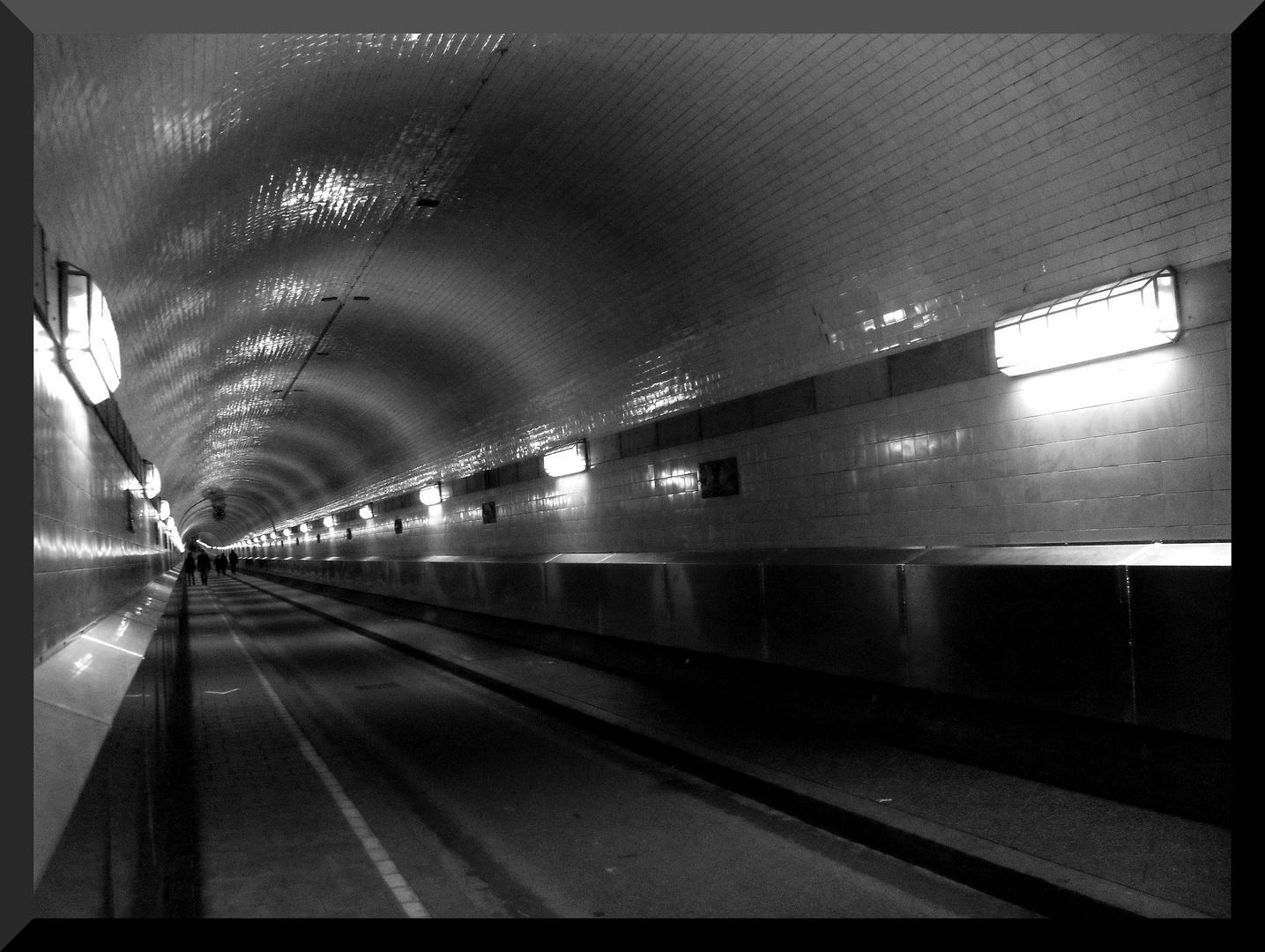 Tunnel weg.....