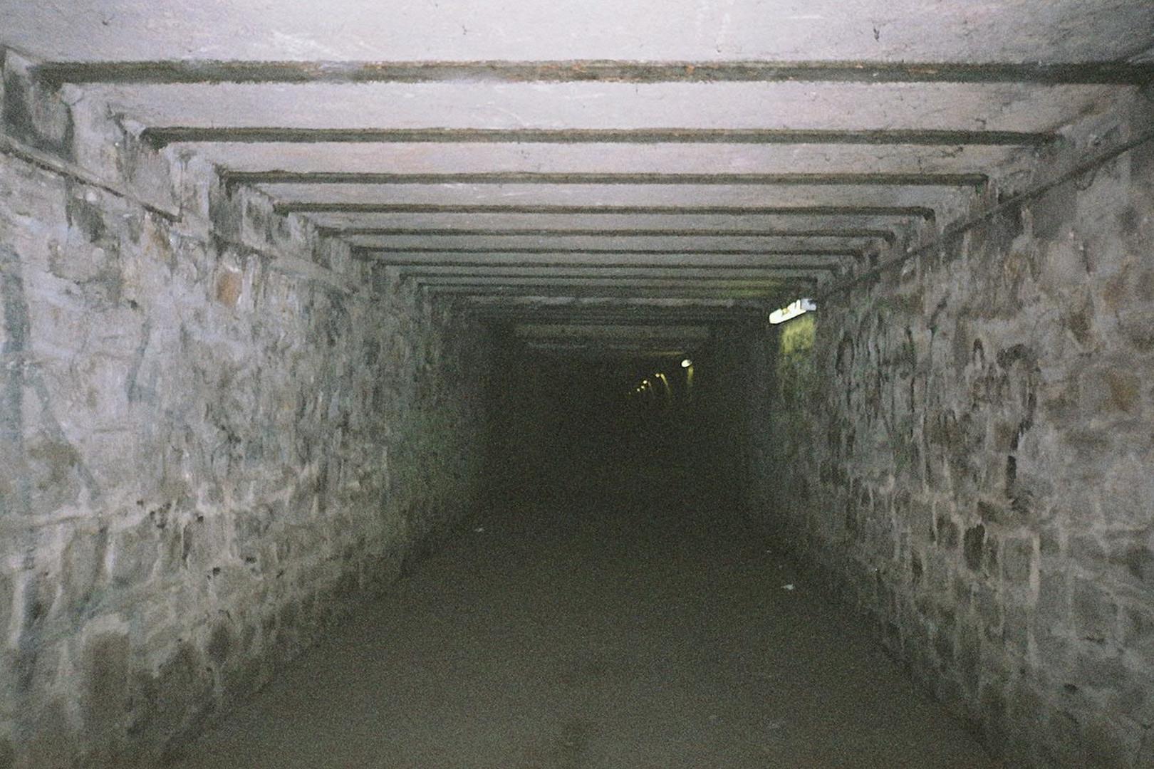 tunnel zum schicksal