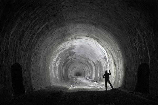 . TunnelBlick .