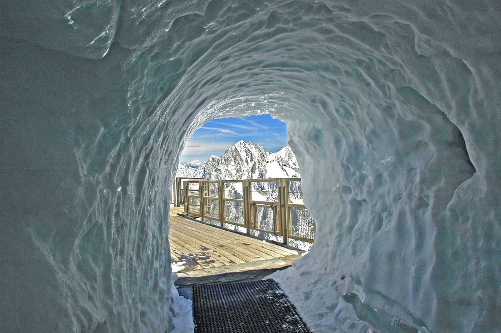 Tunnell di ghiaccio