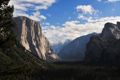 Tunnelview - Yosemite NP
