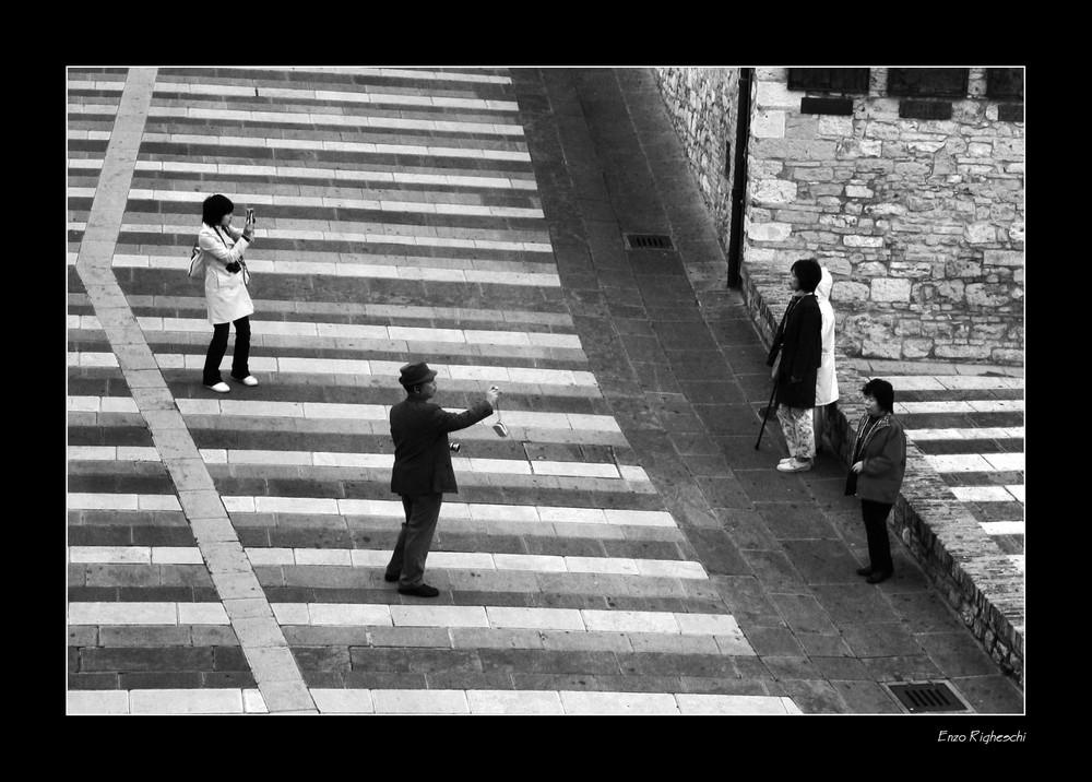 Turisti ad Assisi