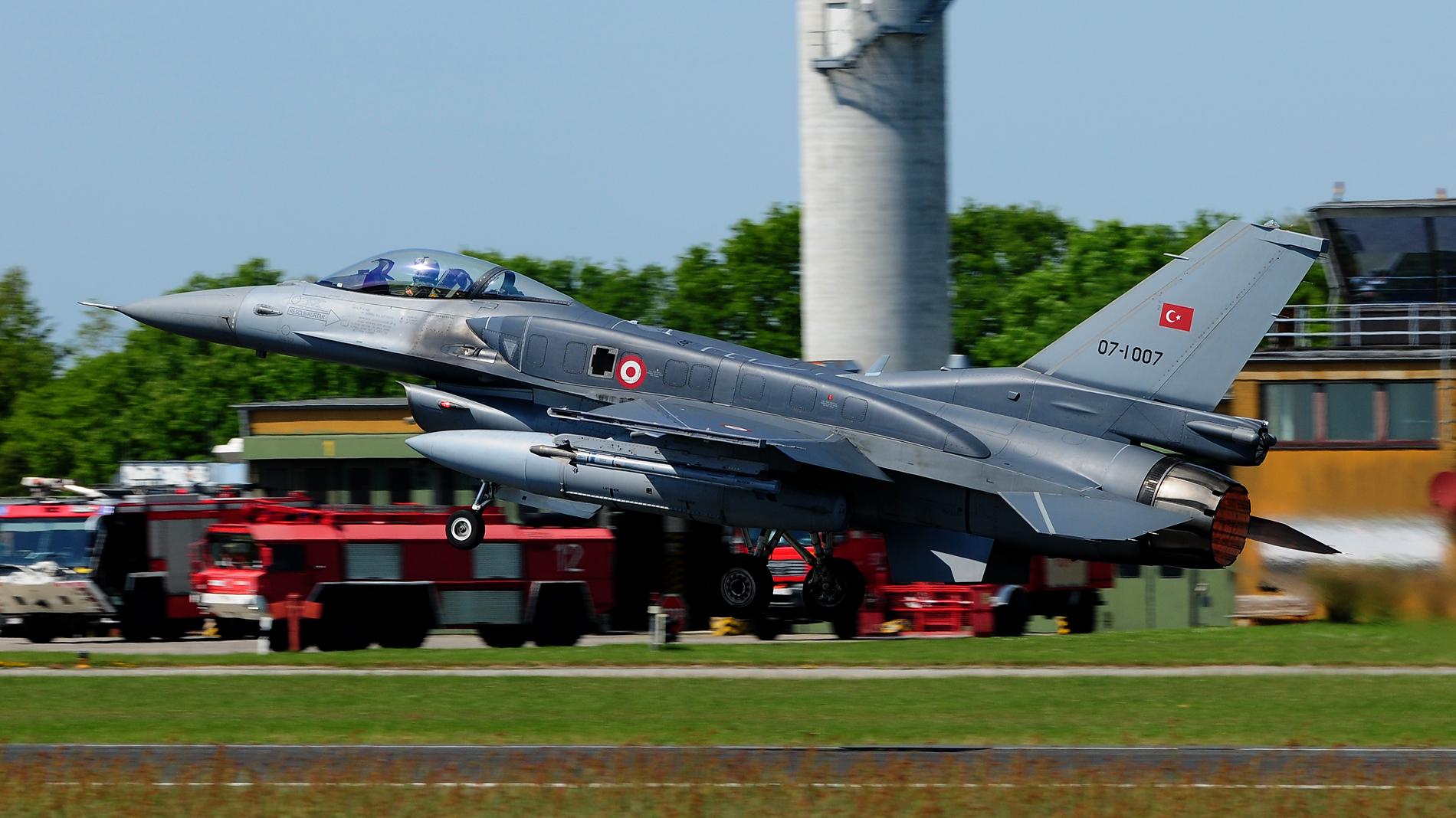 Turkish Air Force 07-1007