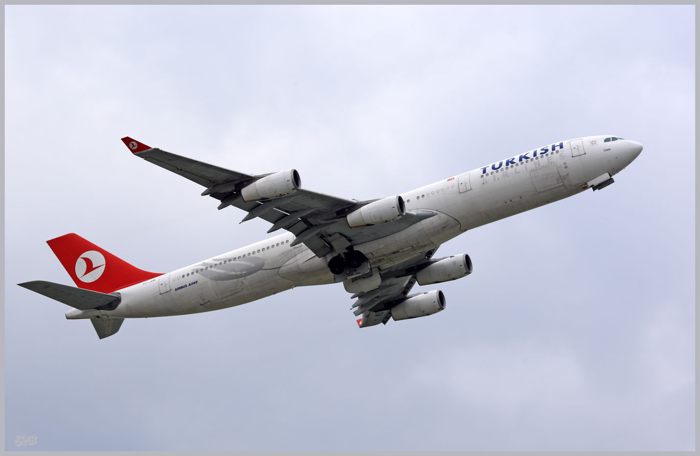 Turkish Airlines Airbus A340
