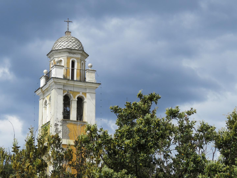 Turm der Kirche Eglesia San Giorgio in Portofino