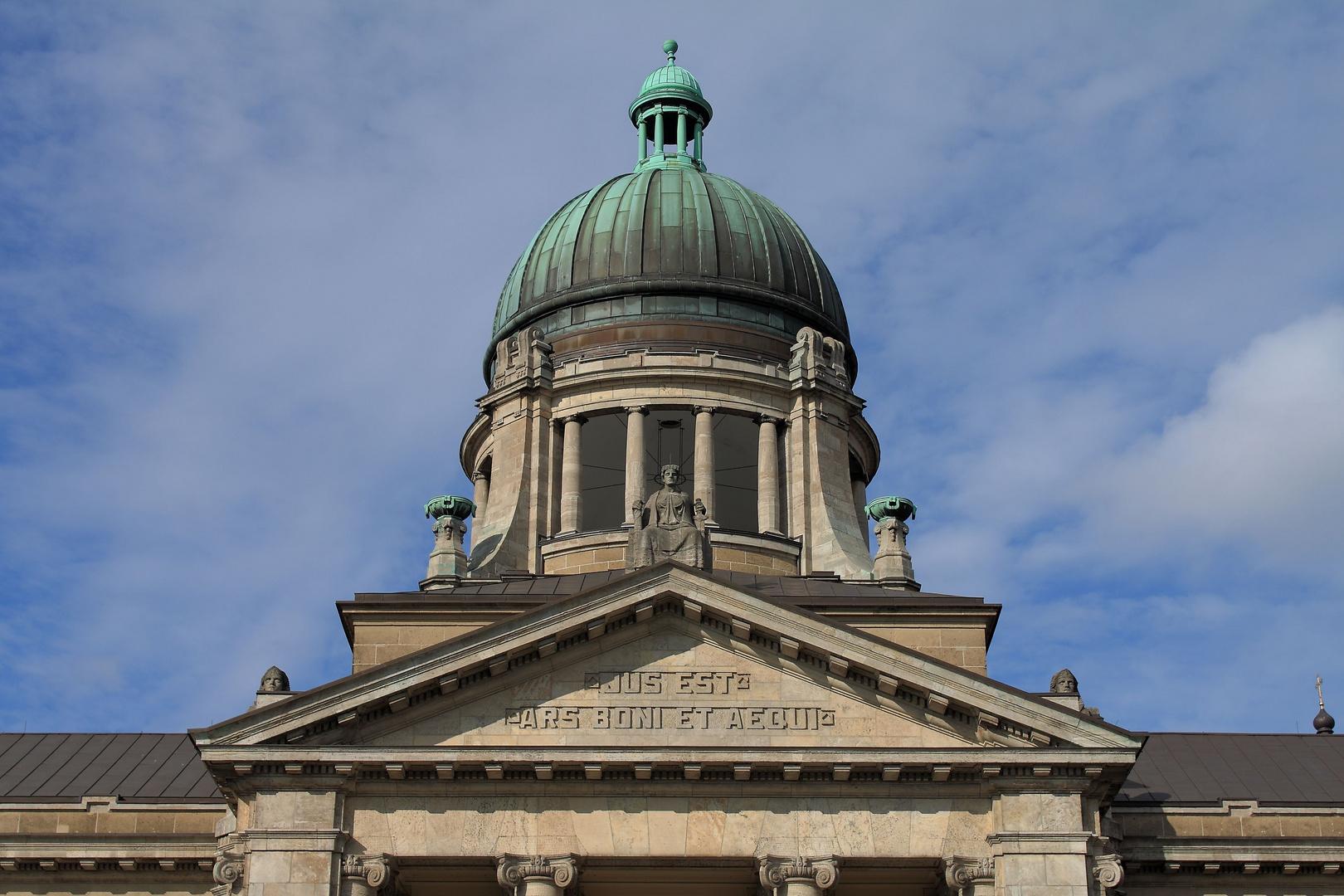 Turm des Hamburg Hanseatischen Oberlandesgerichts