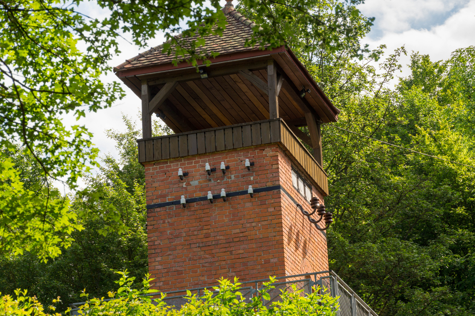Turm im Grünen