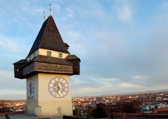 Turm + Uhr = Uhrturm