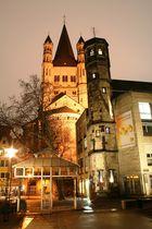 Turm vom Stapelhaus vor der Kirche Gross Sankt Martin (24.02.2012) (7)