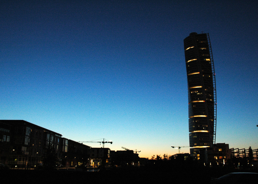 Turning Torso by Night