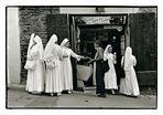 Tuscan streets: #7: icy nun