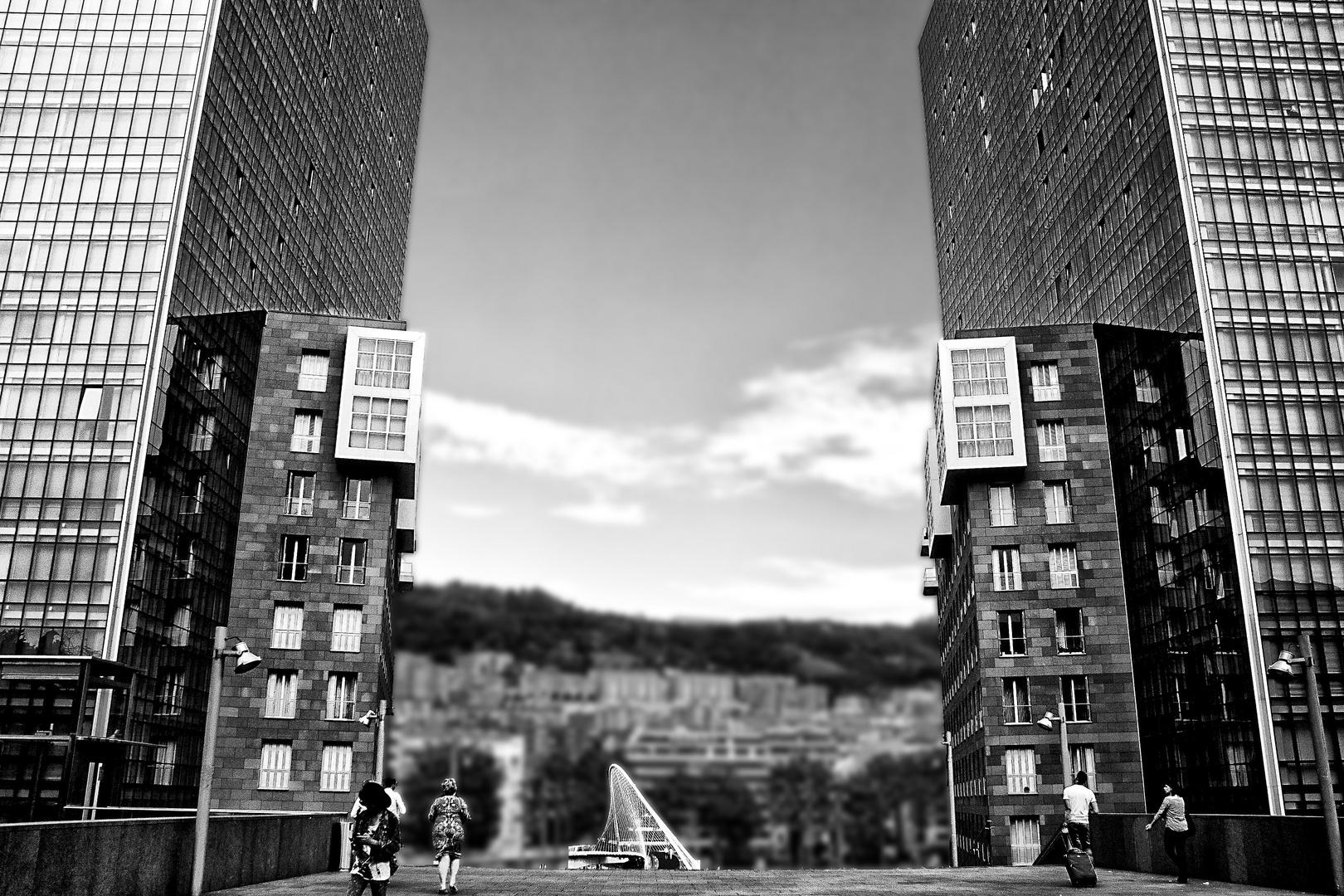 Twins und Zubizuri-Brücke