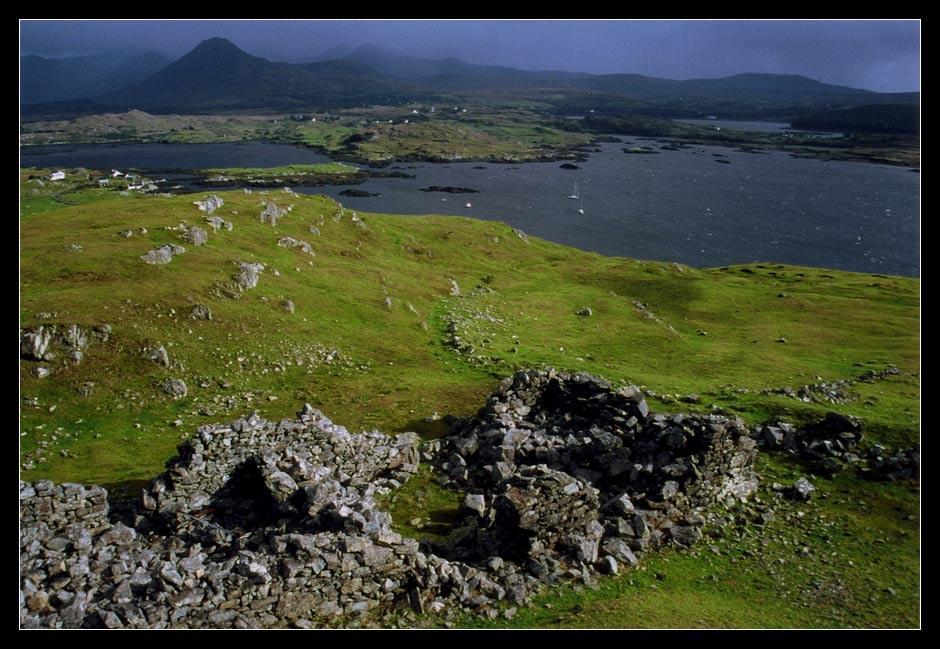 Two different faces 1/colour / Connemara / Ireland