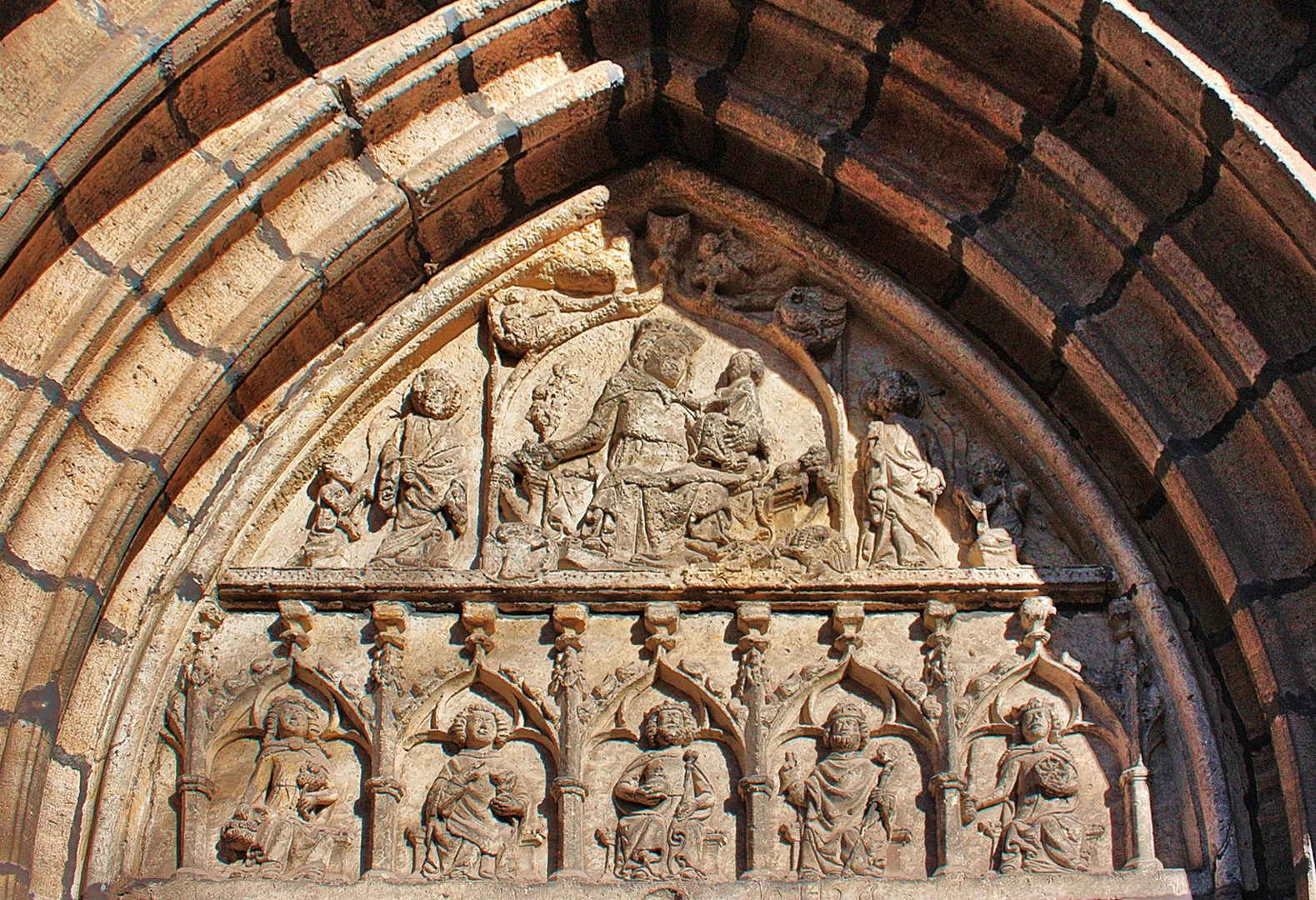 Tympanon am Marienportal der Stadtkirche Wittenberg