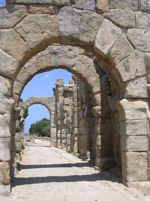Tyndaris, Römische Basilika