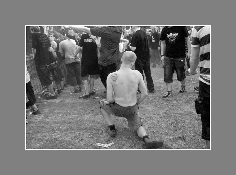 Typ auf'm Festival