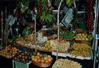 Typischer Stand in der Markthalle Funchal