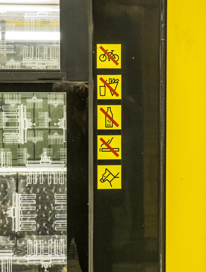 U-Bahn Berlin: Reiten erlaubt !