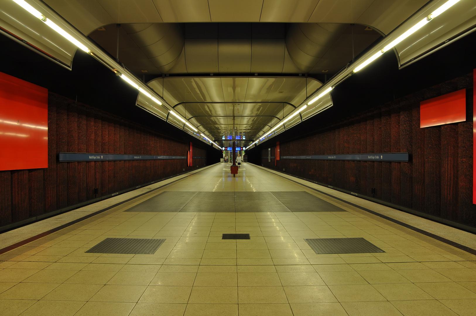 U-Bahn München Machtlfinger Str. I Foto & Bild