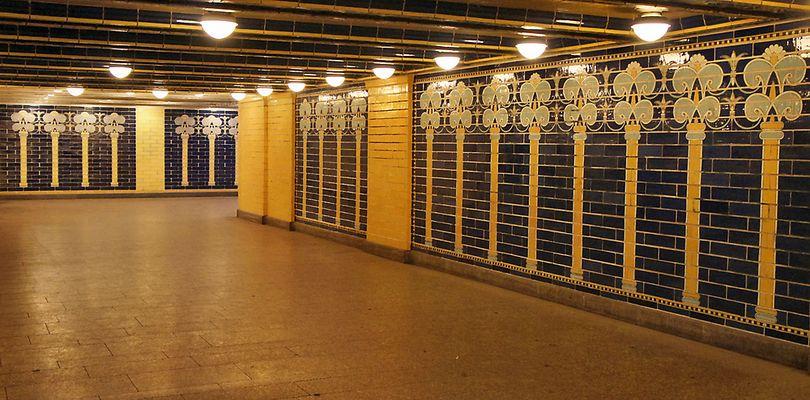 U-Bahn-Nostalgie - der Eingang..