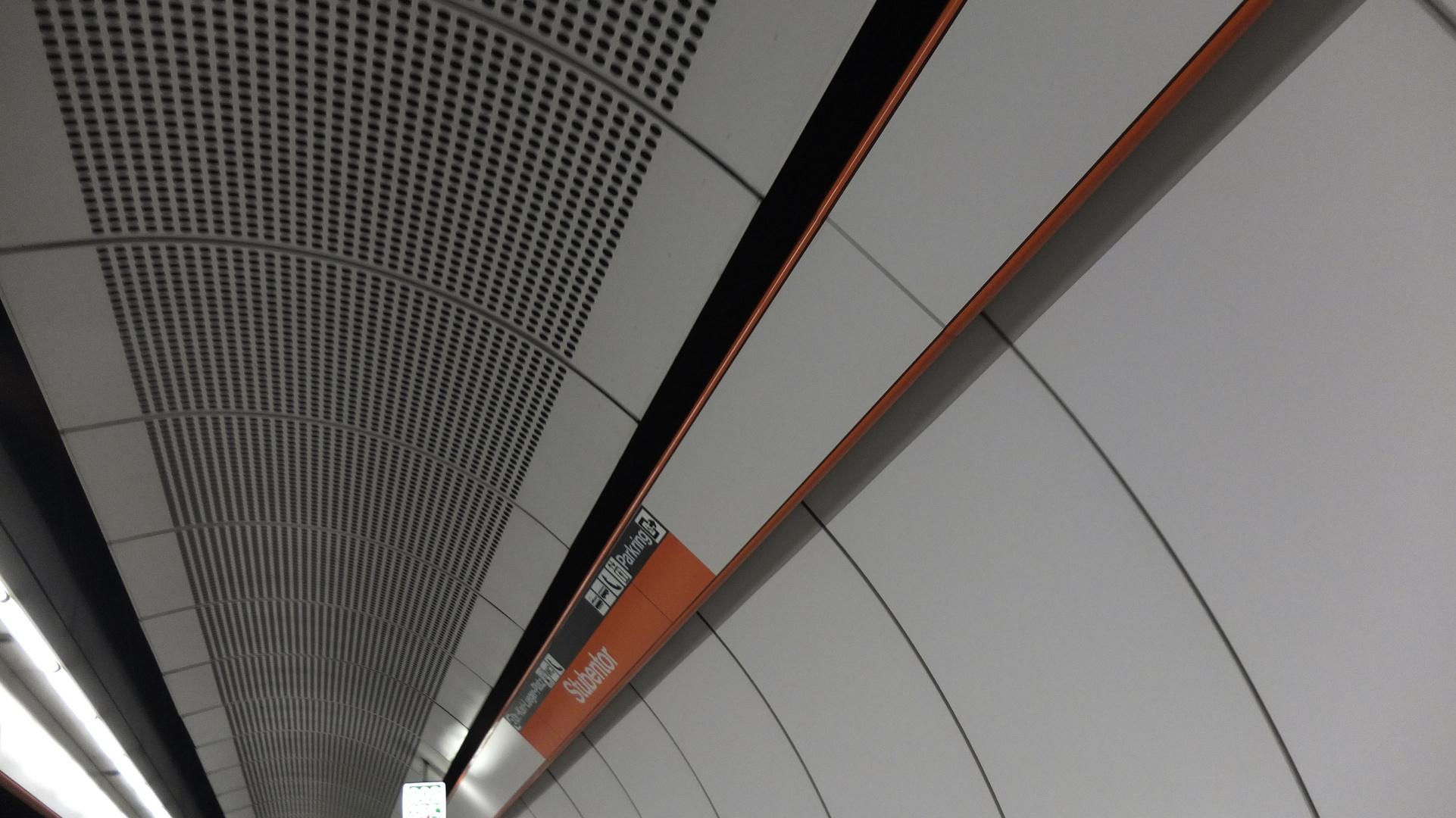 U-Bahn Station Stubentor in Wien