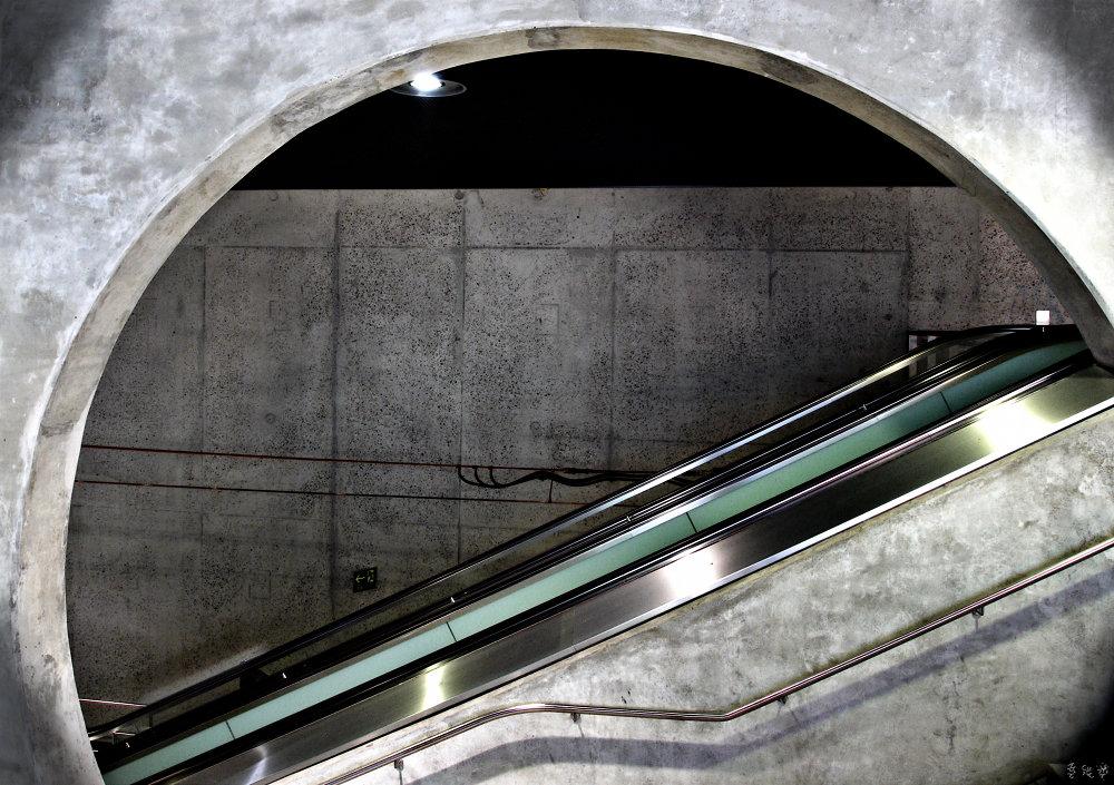 U-Bahnhaltestelle Breslauer Platz #3