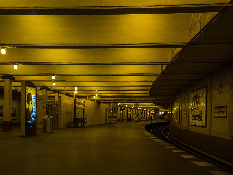 U-Bahnhof, Berlin