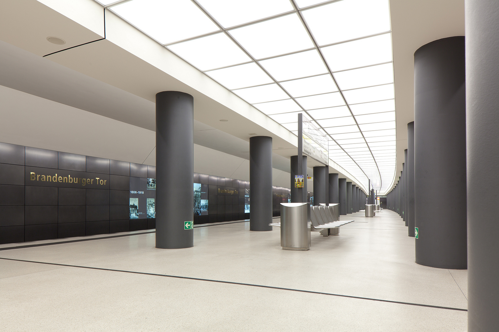 U-Bahnhof Brandenburger Tor