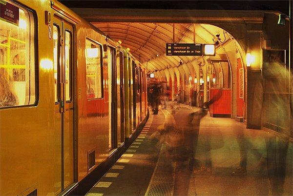 U Bahnhof Hallesches Tor Berlin