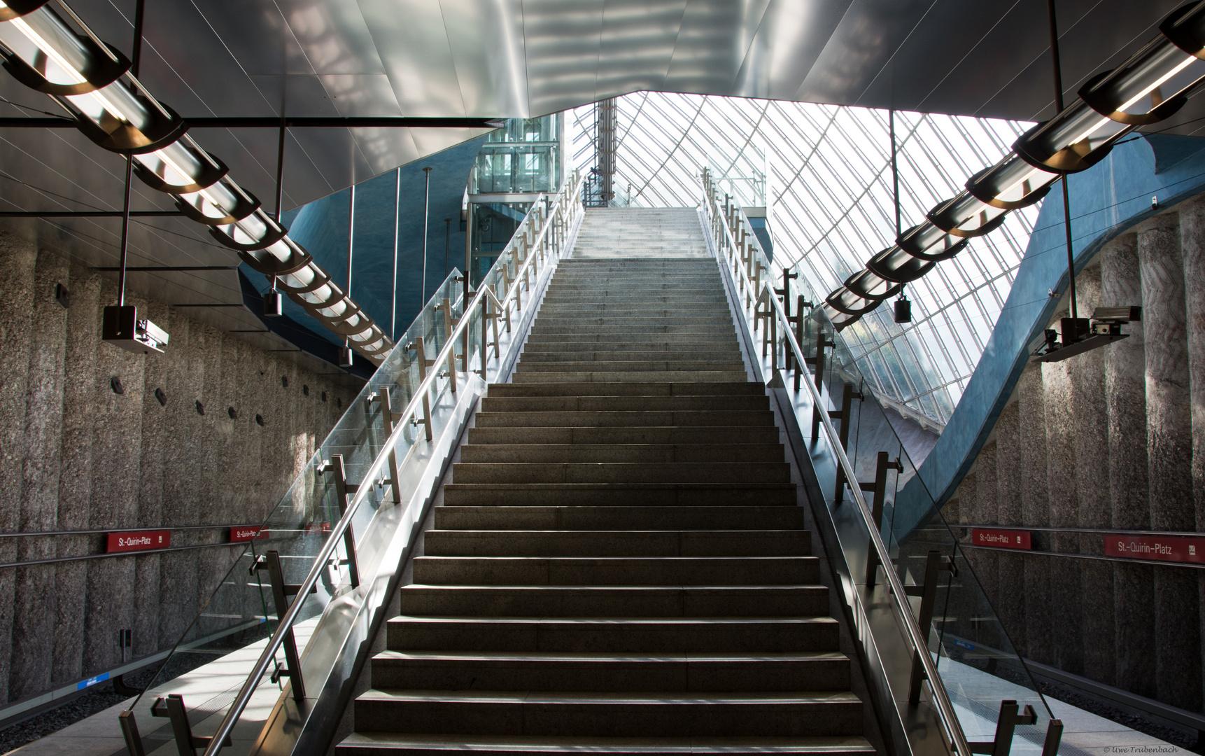 U-Bahnhof St.-Quirin-Platz (3)