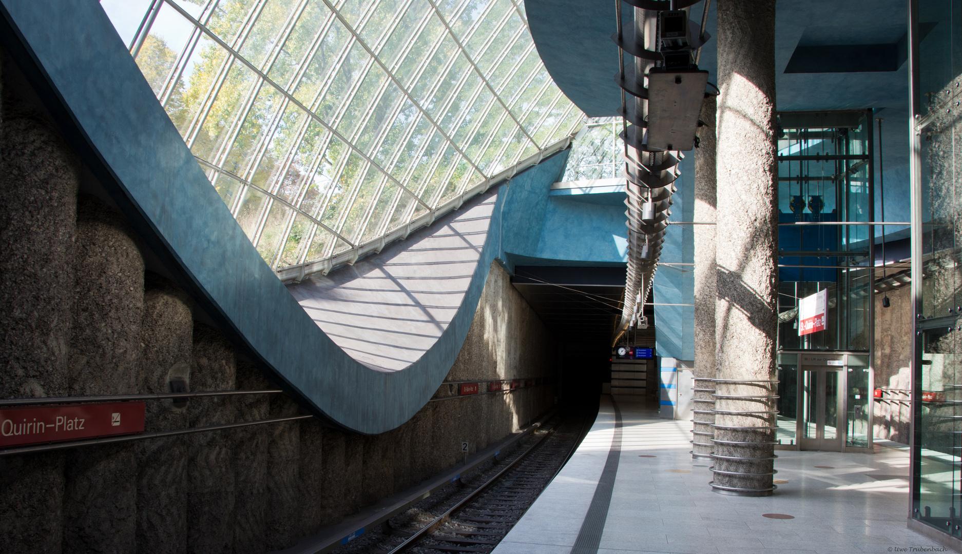 U-Bahnhof St.-Quirin-Platz (4)