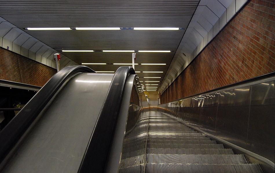 U-Bahnhof Theresienwiese ...
