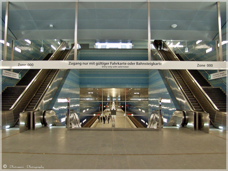U - Bahnhof Überseequartier
