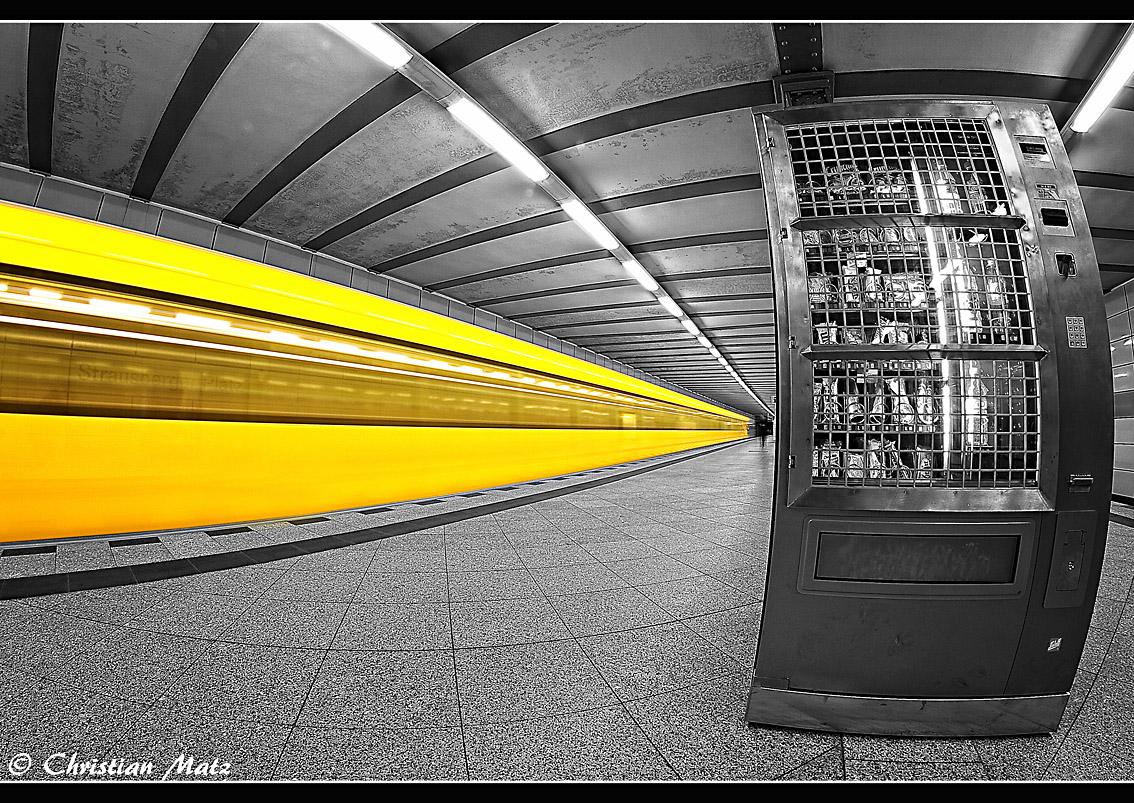 U-Bahn@night
