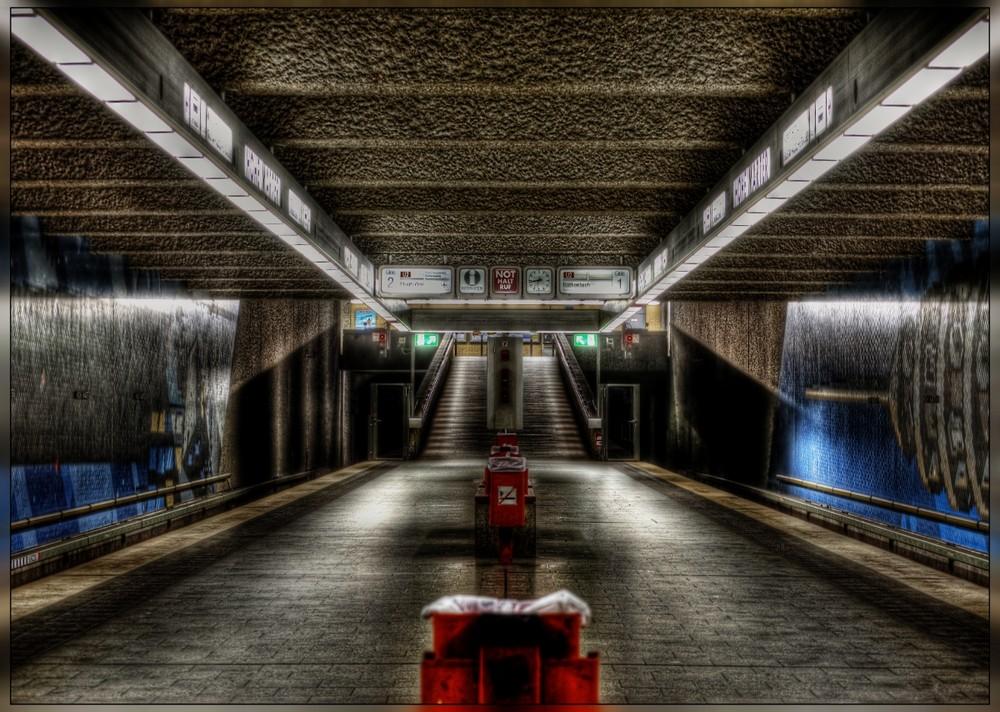 U-Bahnstation in Nürnberg ( U2 ) ;-)