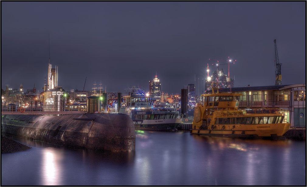-U-Boot im Hafen-
