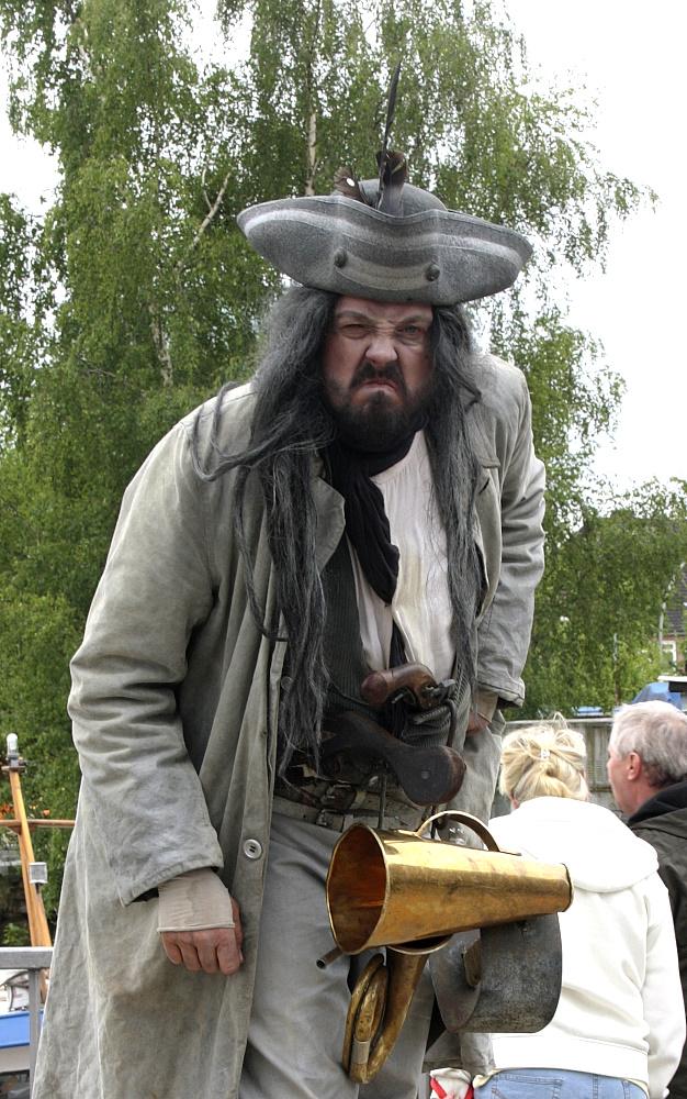 Übel gelaunter Pirat