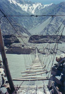 Über 1000 Brücken mußt du gehen...