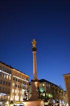 Über dem Marienplatz.