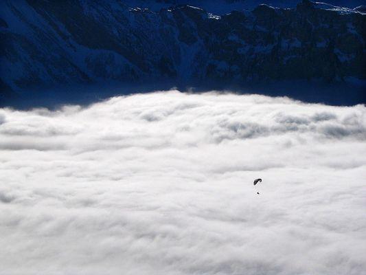 Über dem Nebel bei Engelberg, OW, Schweiz