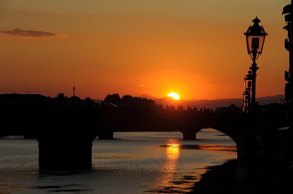 Über den Brücken von Florenz