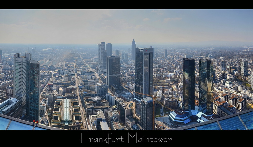 Über den Dächern Frankfurts ...