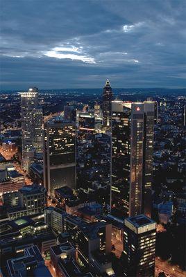 Über den Dächern Frankfurts