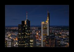 [ Über den Dächern Frankfurts ]