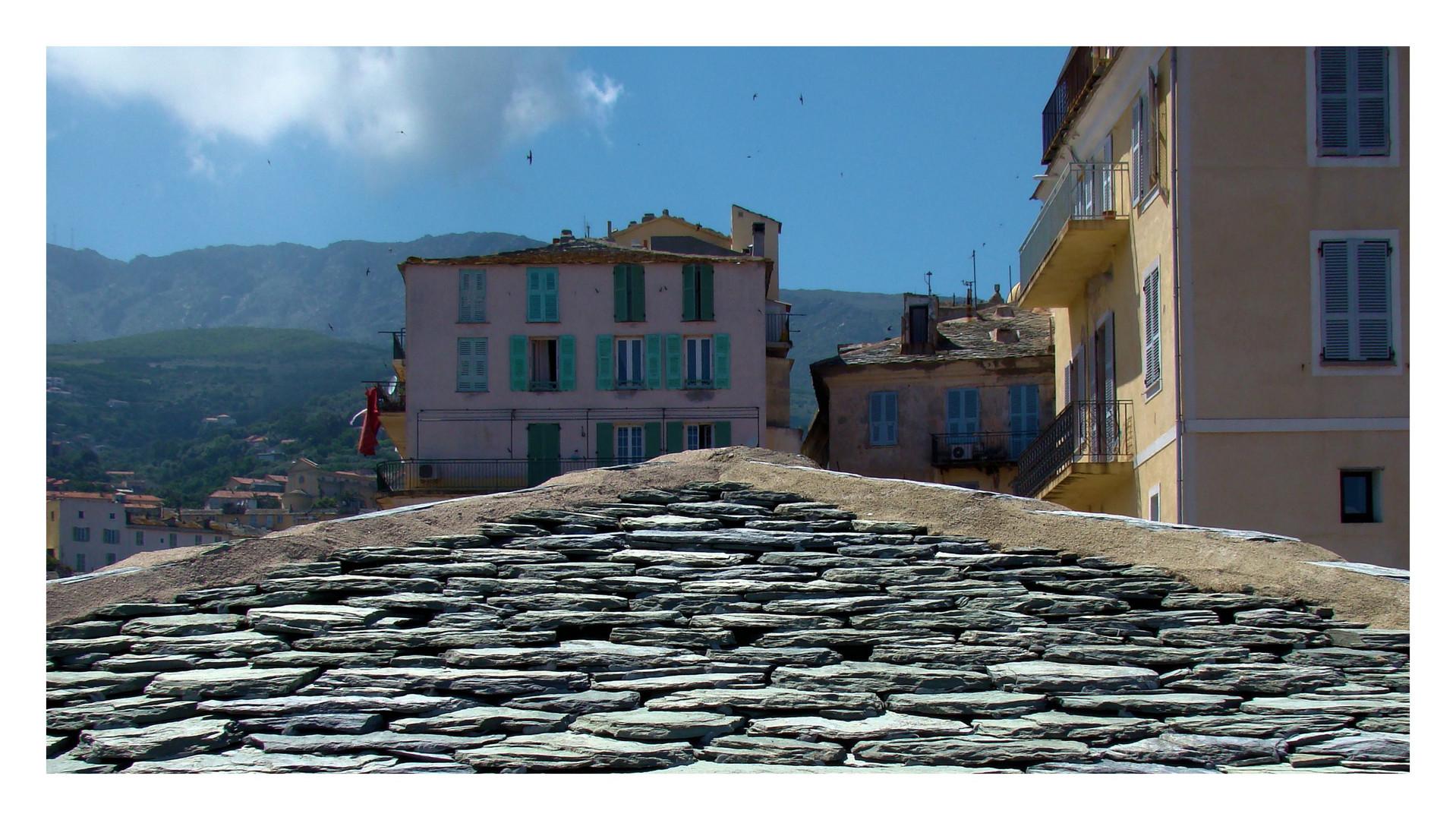 Über den Dächern von Bastia