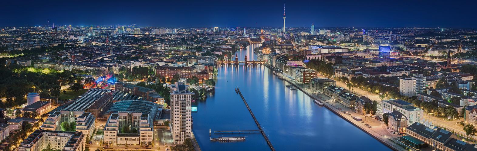 Über den Dächern von Berlin . 3