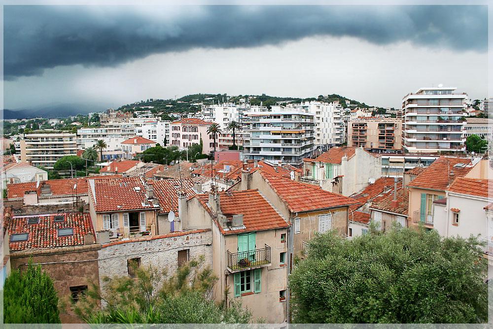 Über den Dächern von Cannes