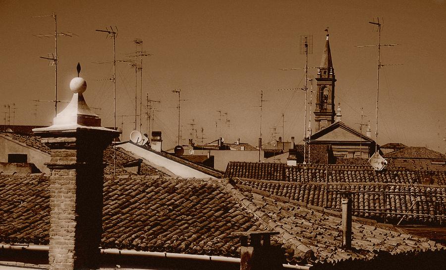Über den Dächern von Comacchio