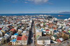 über den Dächern von Reykjavík